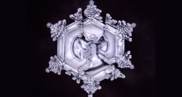 Dr-Emoto-Crystal-2